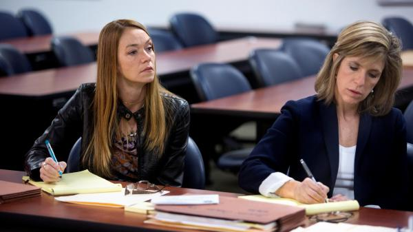 Former crime scene investigator Yolanda McClary and former prosecutor Kelly Siegler bring fresh eyes and advanced resources to solve cold cases.