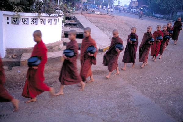 Monks collecting alms, Hpa-an, 2000