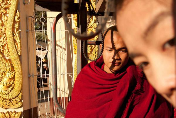 Buddhist monks, Hpa-an, 2012