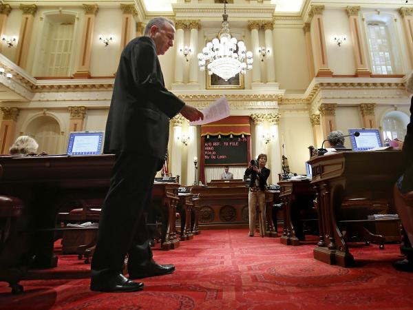 "California State Sen. Darrell Steinberg applauded the governor for signing the legislation, saying that it gives minors ""common sense protections"" online."