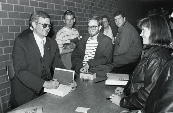 Tom Clancy pictured at Boston College in 1989. (Wikimedia)