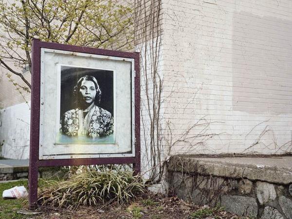 <em>Marian Anderson</em>