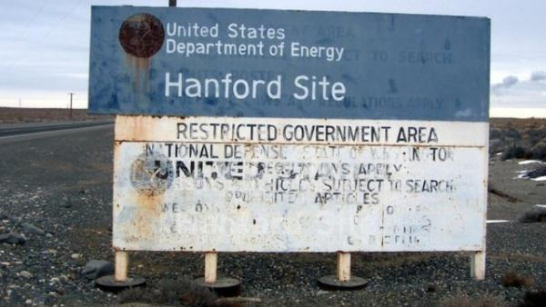 The U.S. Department of Energy contractor CH2M Hill Plateau Remediation Company faces a $115,000 fine for the way it handled asbestos at the Hanford Nuclear Reservation.