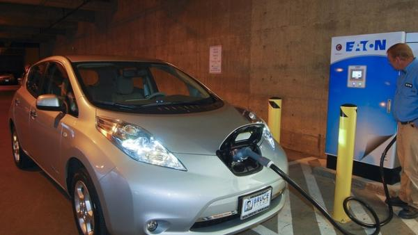 An electric car being recharged. Oregon and seven other states are pledging to put 3.3 million such zero-emission vehicles on the road by 2025.