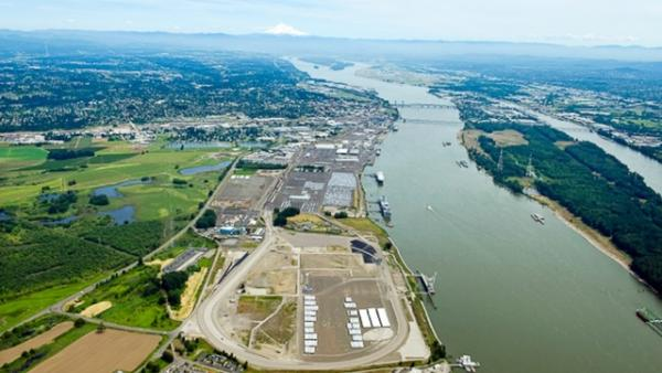 Washington agencies are holding two public meetings Monday and Tuesday on a controversial oil terminal proposed for the Port of Vancouver.