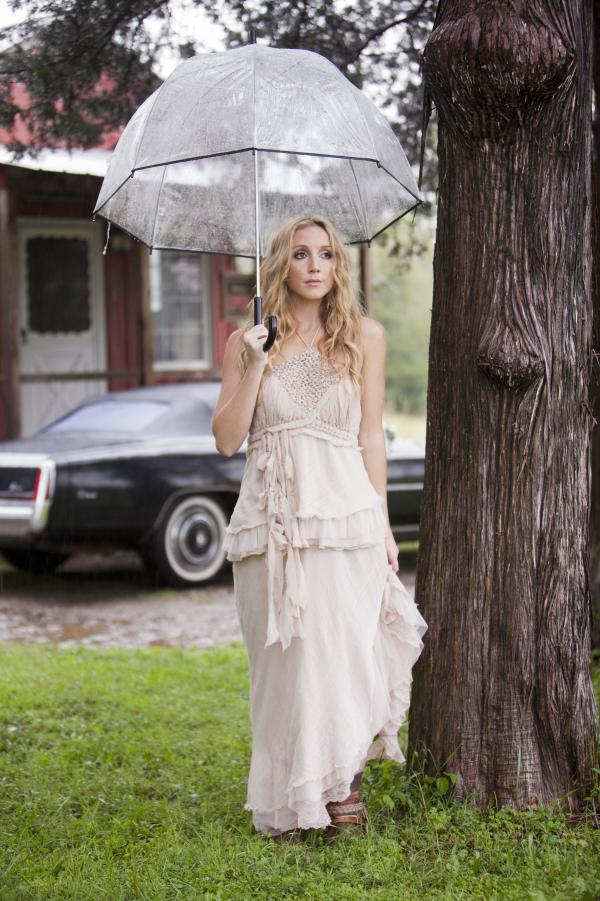 Ashley Monroe is a member of the country trio Pistol Annies. <em>Like a Rose</em> is her first solo album.