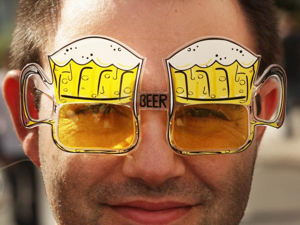 """Beer goggles"" supposedly make the wearer look better too. Hmmm."