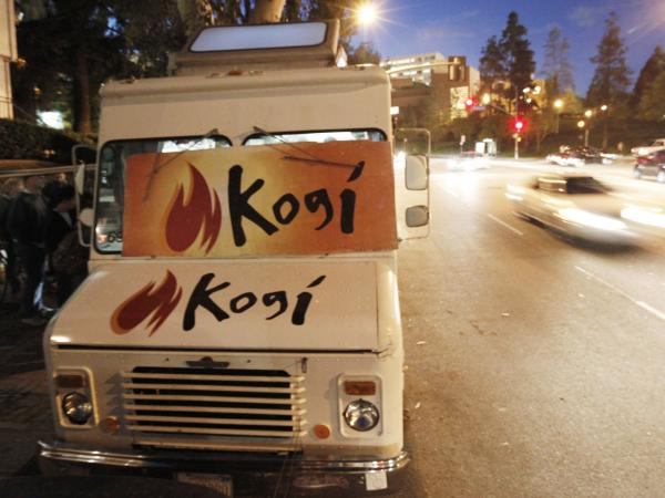 The Kogi BBQ truck near the campus of UCLA in 2009.