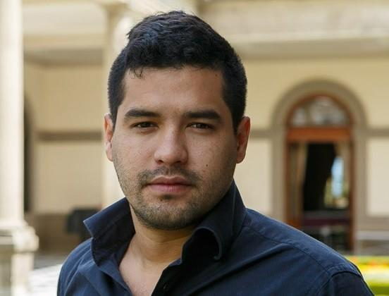 Salvadoran journalist Oscar Martinez joins us this week to discuss his new book, <em>The Beast.</em>