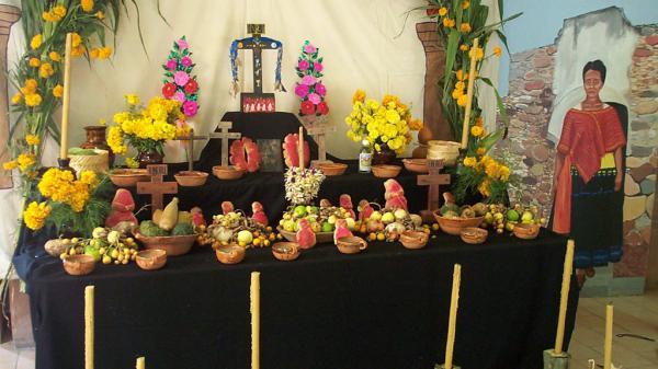 A Mexican altar for Día de los Muertos.