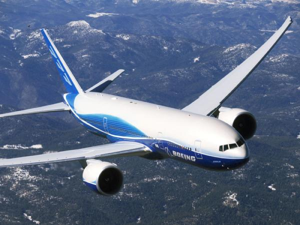 The existing Boeing 777 in flight. The next generation variant would have a broader wingspan and could also feature a stretched fuselage.