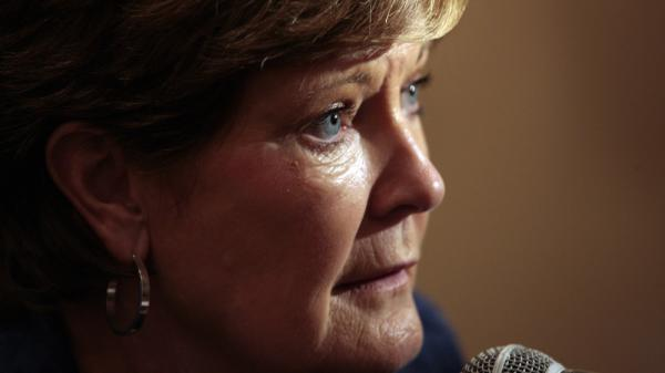 This file photo shows Tennessee women's basketball head coach Pat Summitt talking with reporters during the Southeastern Conference basketball media day, in Hoover, Ala.