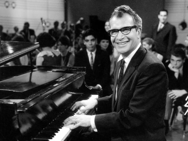 Dave Brubeck performing on the pilot episode of a television program in 1965.