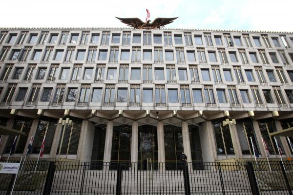 The U.S. Embassy in central London in 2009.
