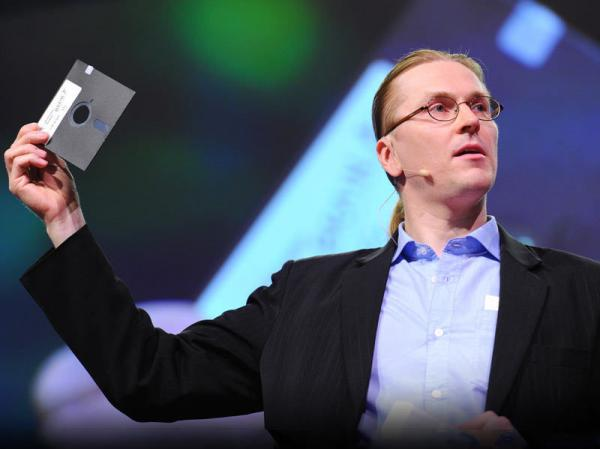 "Mikko Hyppönen describes the guys who made the first PC virus — ""these guys weren't evil at all."""
