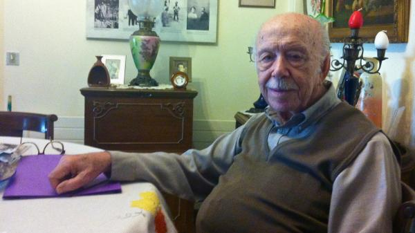 "Mois Yussuroum, a 94-year-old retired dentist, fought the Nazis as part of the Greek resistance during World War II. ""Of the 650 Greek Jews who fought in the resistance, I'm the only one still alive,"" he says."