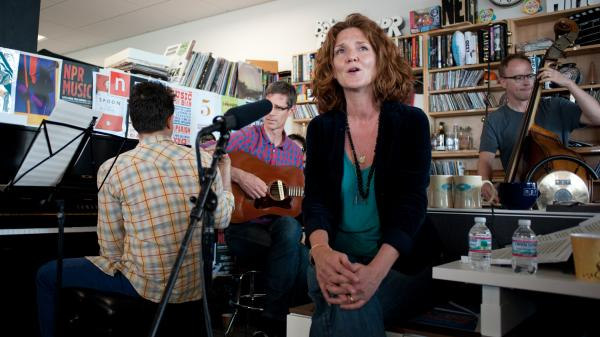 Hem performs a Tiny Desk Concert in June 2013.