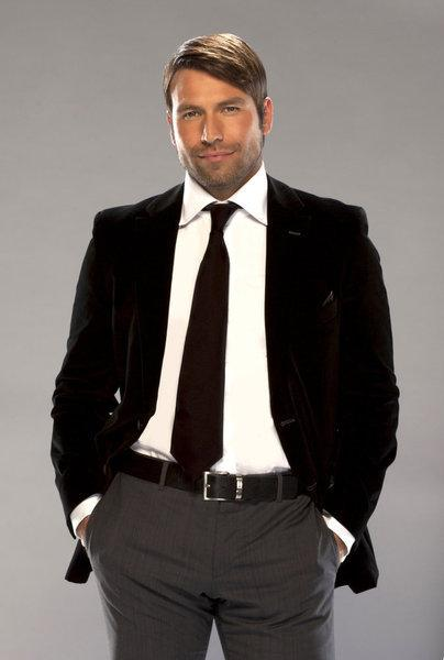 Rafael Amaya plays drug lord Aurelio Casillas on <em>El Señor de los Cielos.</em><em></em>
