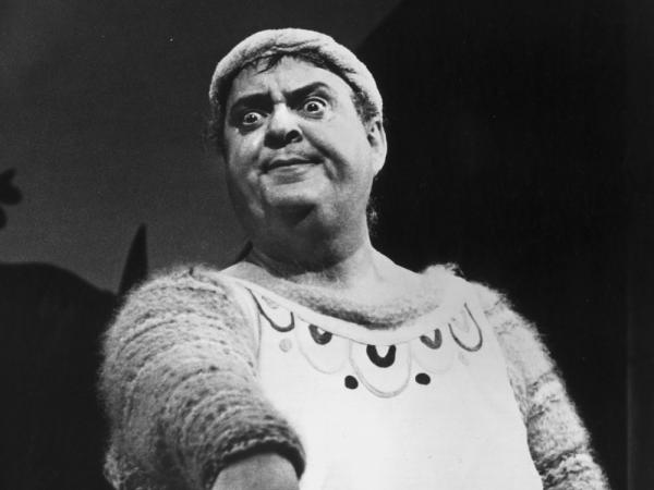Zero Mostel starred as Pseudolus in the bawdy farce <em>A Funny Thing Happened on the Way to the Forum.</em> The musical was the first to feature Sondheim's music <em>and</em> lyrics.