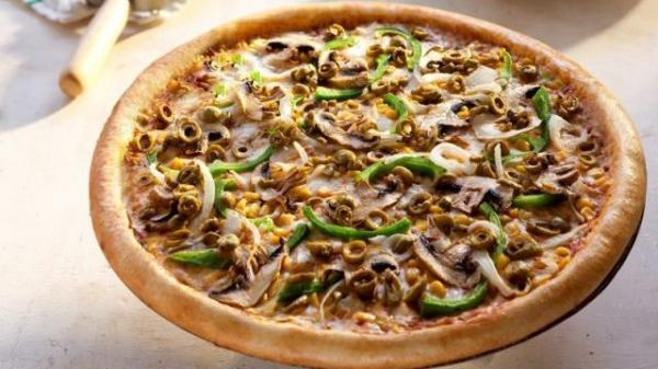 Watch out Crazy Cheese: Vegan pizza is coming.