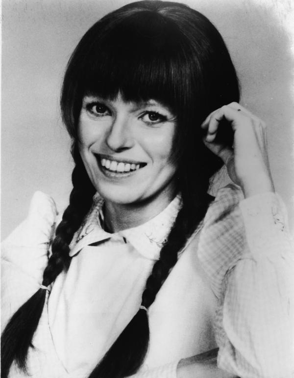 In 1976 Louise Lasser starred as a fictional housewife from Fernwood, Ohio, in <em>Mary Hartman, Mary Hartman.</em>