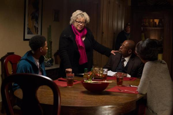 Kasi Lemmons directs a scene for <em>Black Nativity</em>, one of two films this year starring black actors by a female director.