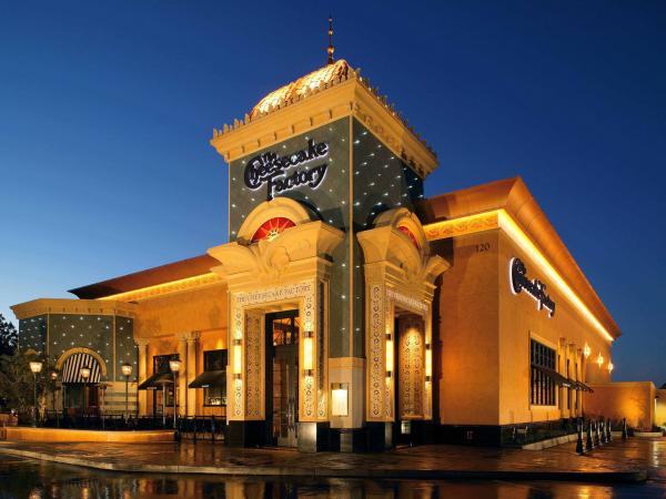 A new outpost for The Cheesecake Factory in Bloomfield Hills, Mich.