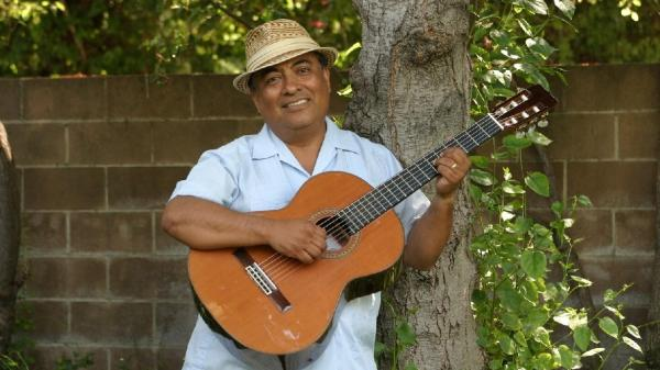 José-Luis Orozco is as much an educator as an entertainer: The singer and author is passionate about teaching children to be bilingual through music.
