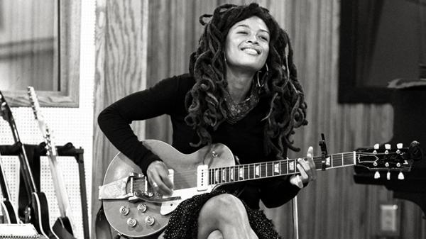 On her new album, <em>Pushin' Against a Stone</em>, Valerie June sings with a voice that's as powerful as it is unusual.