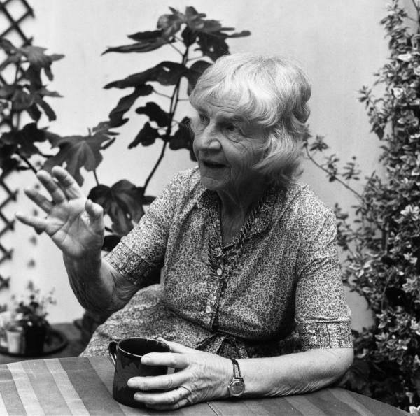 Naomi Mitchison in her London garden in 1979.