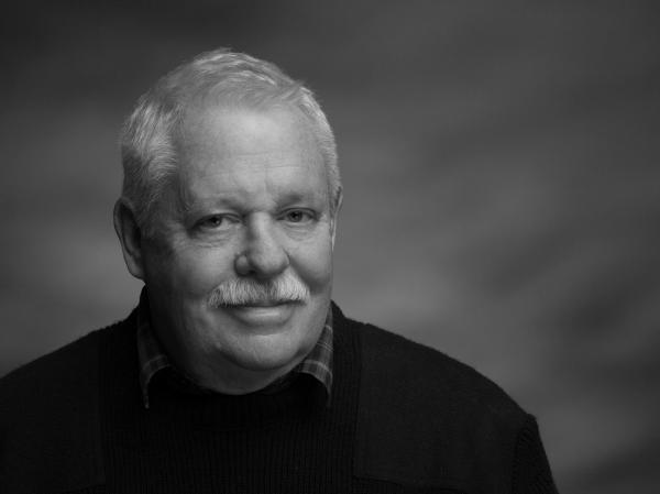 Armistead Maupin began publishing his <em>Tales of the City</em> as a serial in the <em>San Francisco Chronicle</em> in 1976.