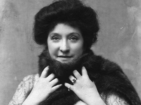 Opera singer Dame Nellie Melba, circa 1900.