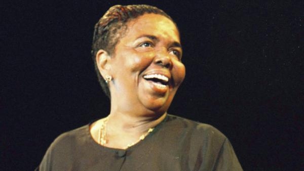 Cesária Évora performing in Amsterdam in 2000.