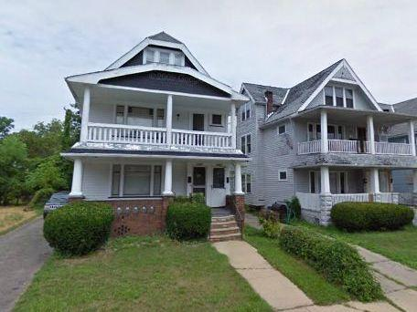A Google Maps Street View image of 11423 Fairport Ave., taken in August 2009, shows the home before it fell into disrepair.