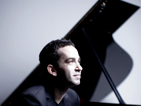 The young pianist Inon Barnatan plays Debussy and Ravel with striking assurance.