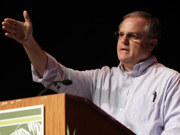 Sen. Mark Pryor, D-Ark., speaks at the Rice Expo in Stuttgart, Ark., on Aug. 2.