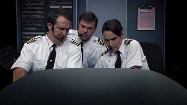Sam Zuckerman, Noel Dinneen and Nora Woolley play various airplane pilots in <em>Charlie Victor Romeo,</em> a white-knuckle docudrama with dialogue taken from the voice recorders of six planes that crashed between 1985 and 1996.