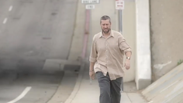 "Dustin Diamond plays a struggling actor in the new video for the Deleted Scenes song, ""Stutter."""