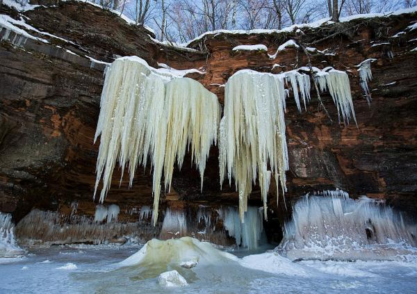 For those who don't make the trek out to the islands, giant icicles have formed along the lake's shore.