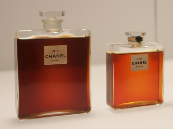A combination of musk with a traditional floral scent made Chanel No. 5 a revolutionary fragrance.