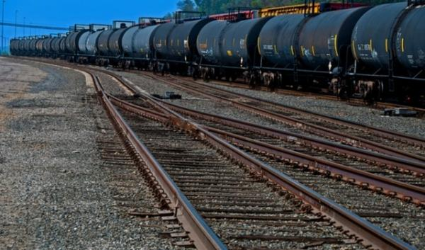 A company that's shipping crude oil through the Pacific Northwest has announced it's upgrading its fleet to safer tanker train cars.