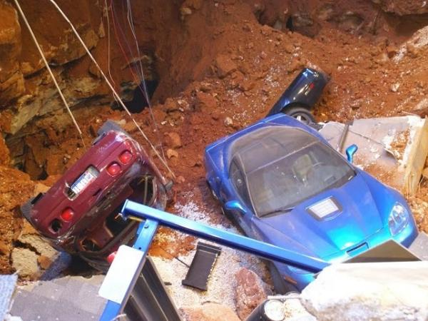 A glimpse of what it's like in the sinkhole that opened up Wednesday under a wing of the National Corvette Museum in Bowling Green, Ky.