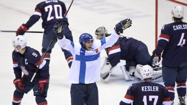 Finland's Teemu Selanne celebrates after scoring his team's fourth goal during the men's ice hockey bronze-medal game U.S. vs. Finland at the Bolshoy Ice Dome during the Sochi Winter Olympics on Saturday.