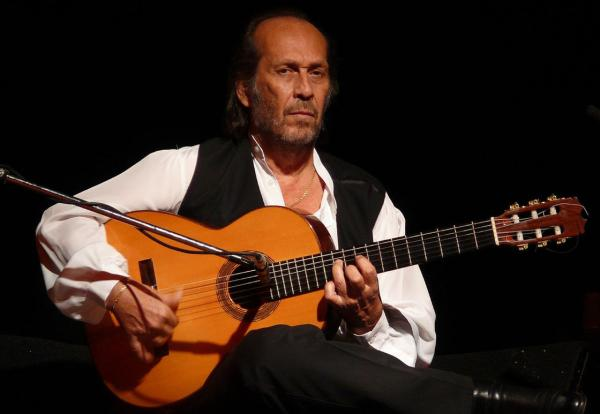 Spanish guitarist Paco de Lucía is pictured in 2007. (Cornel Putan Alin/Wikimedia Commons)