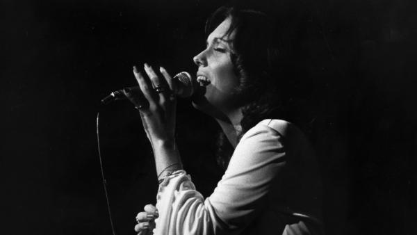 Karen Carpenter, of The Carpenters, performs in London in 1974.