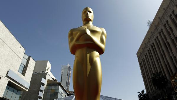 See any resemblance? The Oscar is said to be modeled after Mexican actor and director Emilio Fernandez.