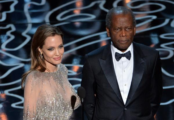 Angelina Jolie and Sidney Poitier presented the award for Best Director ...