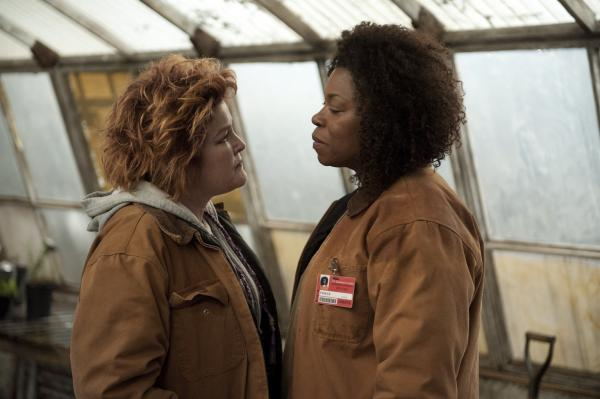 Kate Mulgrew and Lorraine Toussaint in a scene from Netflix's <em>Orange is the New Black.</em>