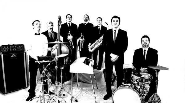 Sergio Mendoza y la Orkesta.