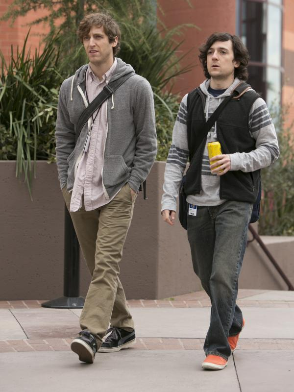 Thomas Middleditch and Josh Brener in HBO's <em>Silicon Valley</em> pilot.
